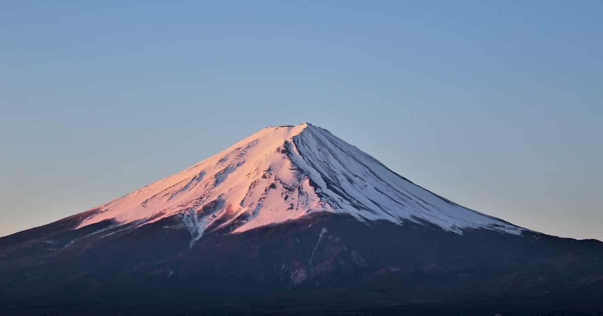 ニコ生主、積雪の富士山山頂から滑落するところを生放送、消息不明